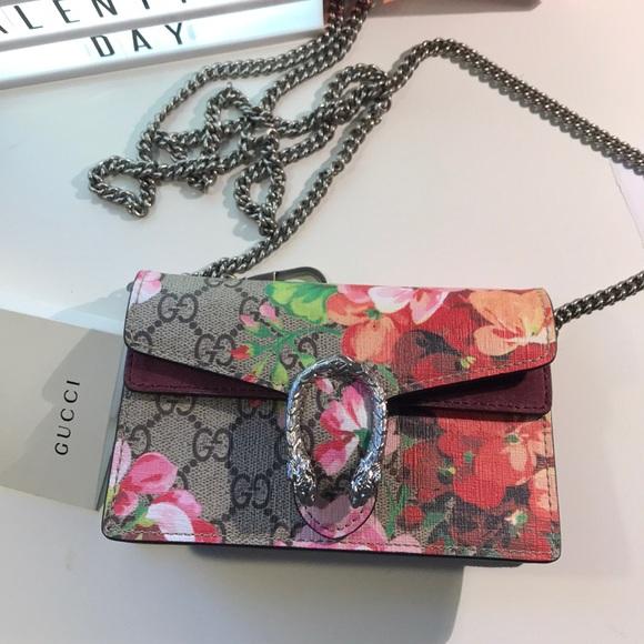 9d366340a6c Gucci Handbags - Authentic Gucci supermini blooms crossbody